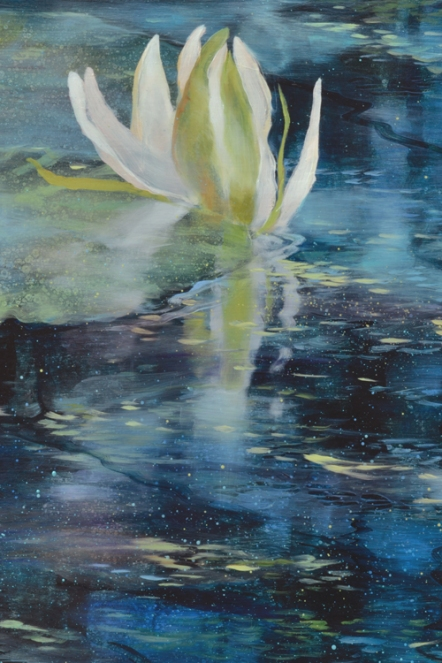TM8474 When Lilies Open - detail from center