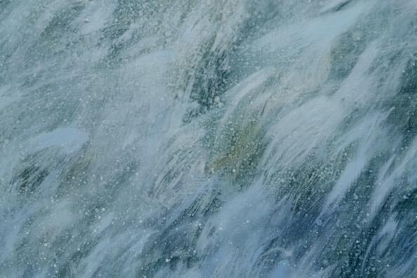 TM8517 Blue Days - close-up of wave